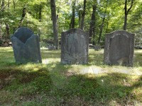 Isaac, Lydia and Robert Dodge's tombstones