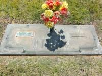 Marvin and Pauline Miller's grave marker