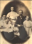 Charles and Ollie Davis family before 1909