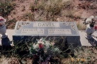 Earnest Neil and Beatrice O. Davis' grave marker