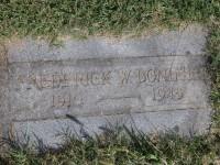 Fred Bonifield's grave marker